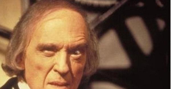 Morre aos 89 anos o ator Angus Scrimm, o vilão de Fantasma ...