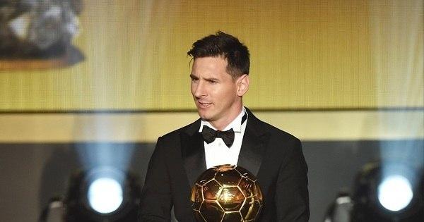 Lionel Messi conquista sua quinta Bola de Ouro - Esportes - R7 ...