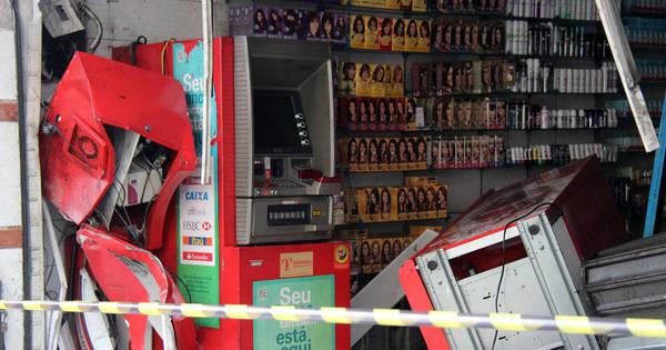 Criminosos tentam roubar caixa eletrônico em farmácia na zona ...