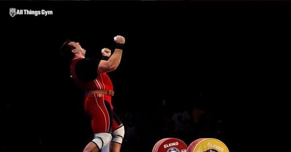 Doping atinge o levantamento de peso russo e suspende o homem ...