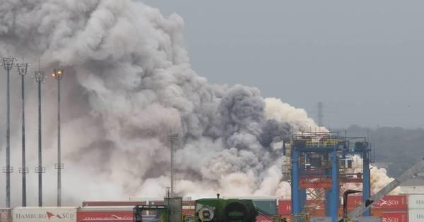 Evitar liberação de cloro é principal desafio de bombeiros no ...