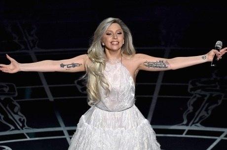 Lady Gaga homenageará David Bowie no Grammy