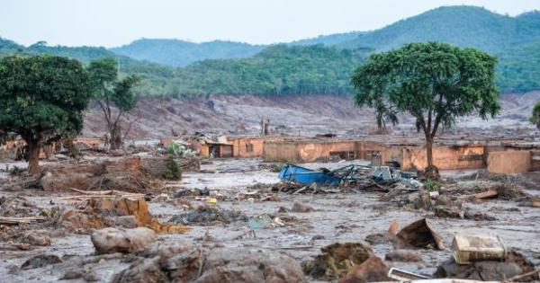 Barragem tem novo vazamento e mineradora aciona plano de ...