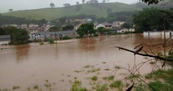 Chuva forte no sul de Minas causa inundações e deixa pessoas ...