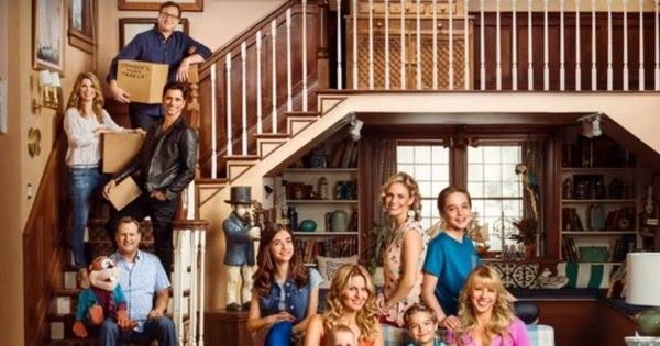 Família Tanner está completa em prévia da nova temporada de Três ...