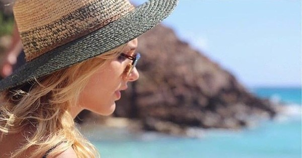 Que linda! Xuxa posta foto de Sasha e a loirinha recebe elogios nas ...