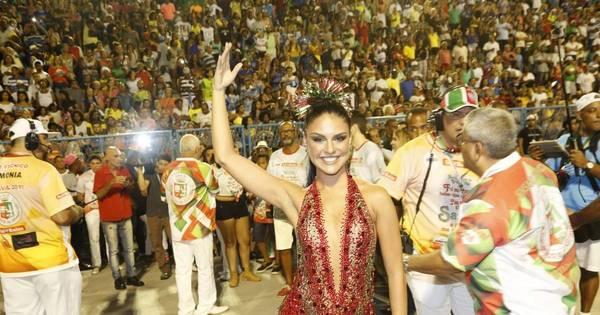 Paloma Bernardi continua como rainha de bateria da Grande Rio no ...