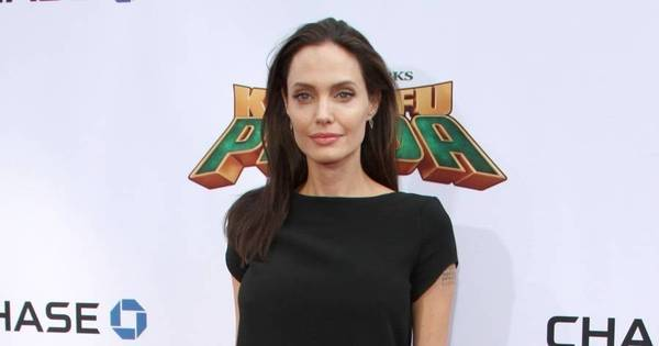 Magreza de Angelina Jolie chama atenção em première de Kung Fu ...