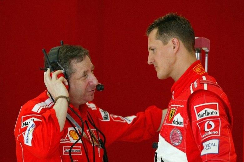 — Felizmente, Schumacher não está morto, mas sua vida e a de sua família mudaram. Ele é bastante reservado, e nós consideramos que sua vida privada deve ser respeitada. Schumacher não é mais um personagem público