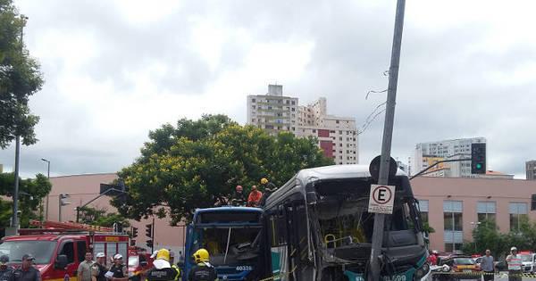 Grave acidente entre Move e ônibus mata duas pessoas e fere 15 ...