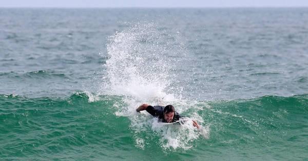 Kayky Brito pega sequência fantástica no surfe; espie! - Fotos - R7 ...