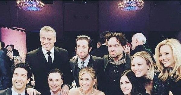 Confira a primeira foto do reencontro do elenco de Friends para ...