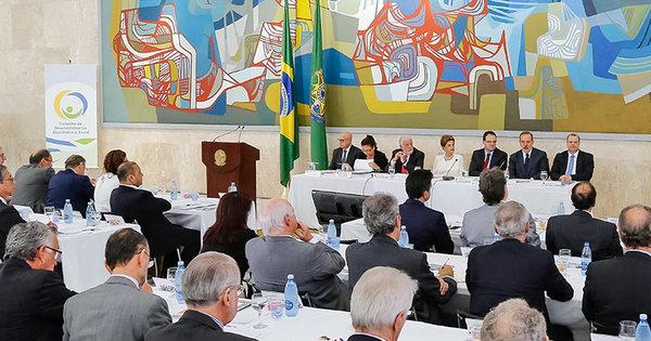 Começa reunião do Conselho de Desenvolvimento Econômico e ...