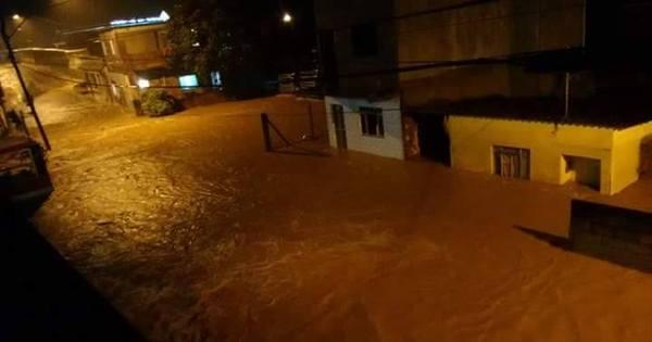 Homem morre arrastado pela água e moradores ficam ilhados após ...