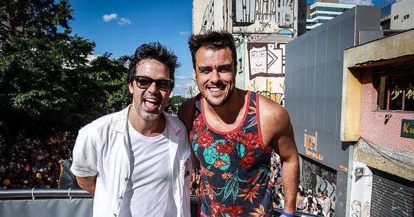 Famosos marcam presença em blocos de Carnaval no Rio e em ...