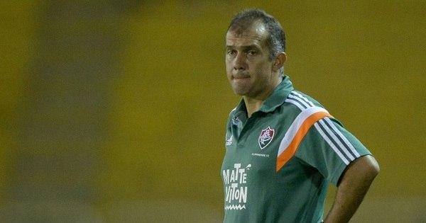 Eduardo Baptista é demitido pelo Fluminense e Levir Culpi é o ...