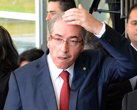 Especialista em Direito Constitucional explica situação da função de Cunha