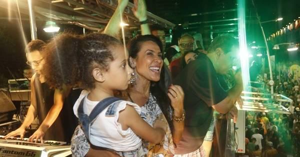 Com cinco anos, filha de Scheila Carvalho e Tony Salles curte em ...