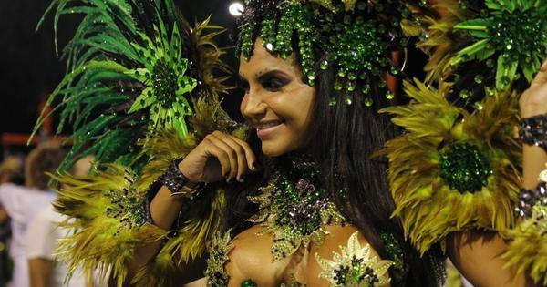 Shayene Cesário e Mônica Nascimento brilham na Sapucaí - Fotos ...