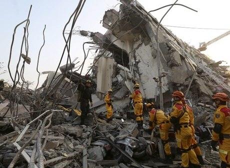 Sobe para catorze o número<br />de mortos em terremoto