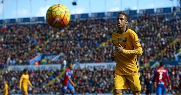 Futebol Europeu: Barcelona, Leicester e Napoli seguem líderes ...