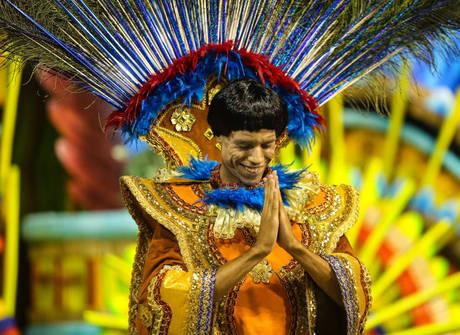 Acadêmicos do Tucuruvi celebra a religiosidade do Brasil no Anhembi
