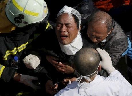 Mais pessoas são retiradas vivas após terremoto em Taiwan