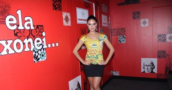 """Paloma Bernardi fala sobre estreia como rainha de bateria: """"As ..."""
