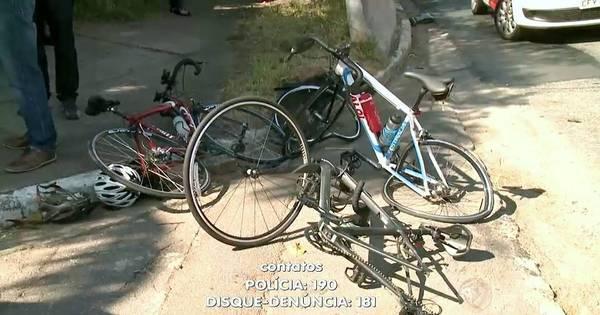 Três ciclistas são atropelados na pista local da Marginal Pinheiros e ...
