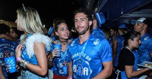 Ex- judoca Flávio Canto aparece com novo amor na Sapucaí - Fotos ...