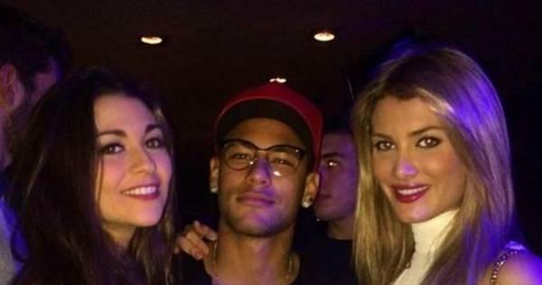Neymar curte folga de Carnaval ao lado de Miss Mundo - Esportes ...