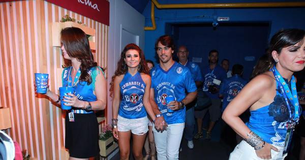 Paula Fernandes revela detalhes sobre fantasia de Carnaval ...