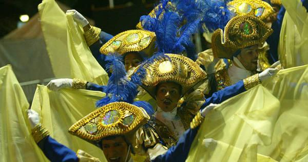 Desfile das Escolas de Samba encanta público em BH - Fotos - R7 ...