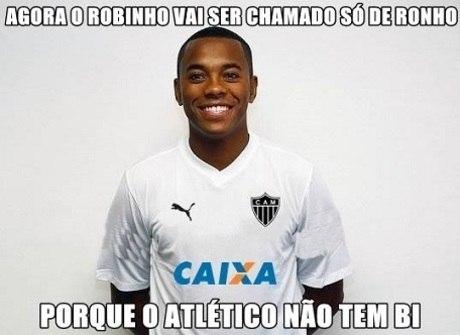 """""""Pedalada"""" de Robinho no Santos custa caro ao atacante do Galo"""