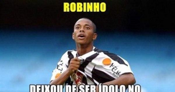 Pedalada de Robinho no Santos custa caro ao novo atacante do ...