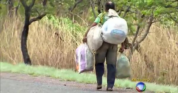 Homem abandona emprego, mulher e filhos para caminhar pelas ...