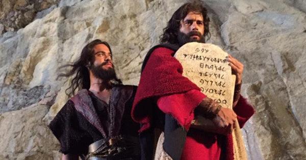 Os Dez Mandamentos — O Filme bate marca de cinco milhões de ...