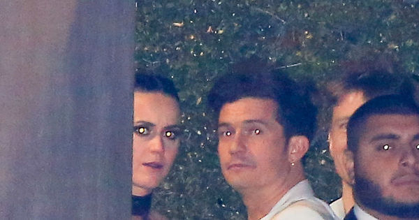 Tá rolando? Katy Perry e Orlando Bloom tentam se esconder ao ...
