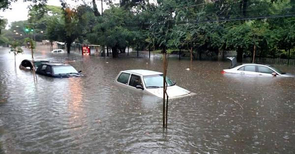 Desaparecidos, sujeira e roubos: enchente desta segunda-feira ...