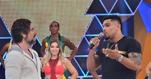 Naldo se emociona ao relembrar de confusão em Minas Gerais ...
