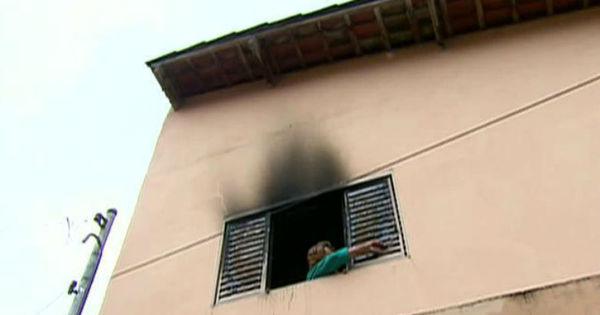 Aposentada coloca fogo na própria casa tentando matar uma ...