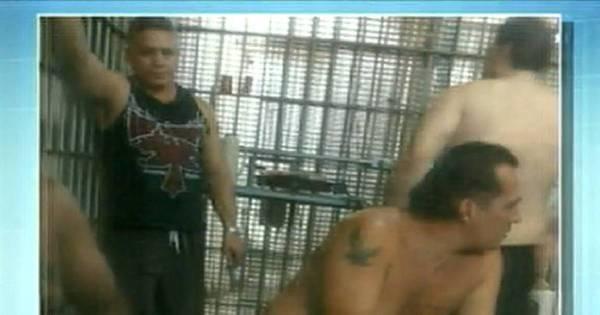 """Polícia investiga como """" Bola"""" conseguiu linguiça e cachaça na cadeia"""