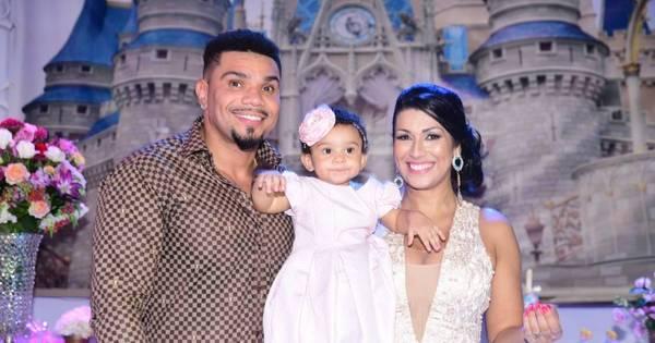 Naldo e Moranguinho comemoram aniversário de um ano da filha ...