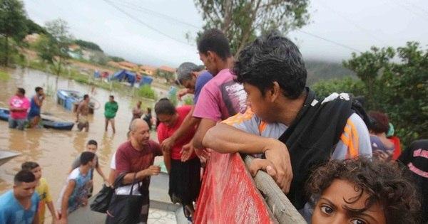 Temporal deixa ao menos 5 mortos no RJ e centenas de ...