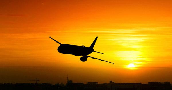 Salgadinho e refrigerante prejudica o sono no avião. Veja 9 dicas ...