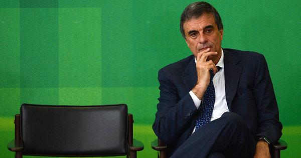 """Ministros fortes de Dilma criticam delação de Delcídio: """"intolerável ..."""