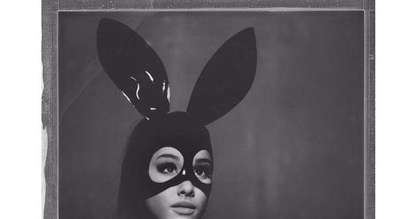 Ariana Grande se fantasia de coelhinha sensual para promover ...