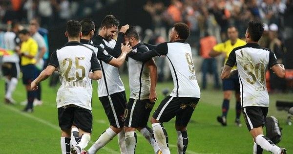 Apesar do sofrimento, Corinthians encontra time ideal para o ...