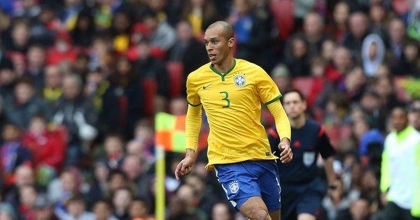 Miranda faz autocrítica e vê defesa da seleção brasileira em noite ...