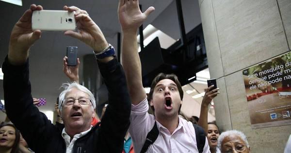Lula presta depoimento no aeroporto de Congonhas, em São Paulo ...